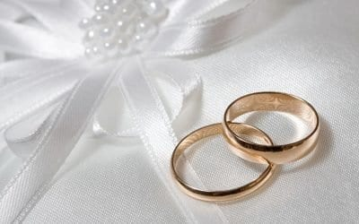 Wedding Officiant-Windy Scott